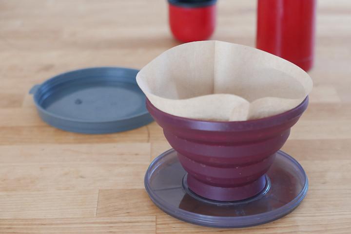 Erstaunlich stabiler Kaffeefilter, trotz Faltmechanismus.
