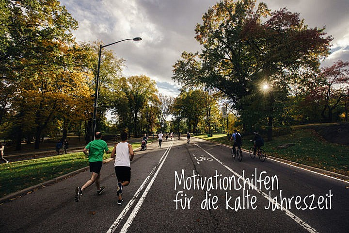 Motivationshilfen für die kalte Jahreszeit. Photo by Chanan Greenblatt on Unsplash