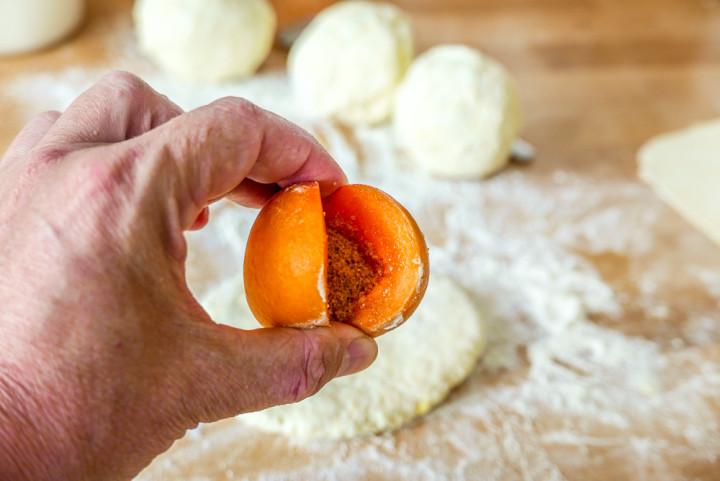 Zucker im Inneren soll die Fruchtsäure etwas ausgleichen.