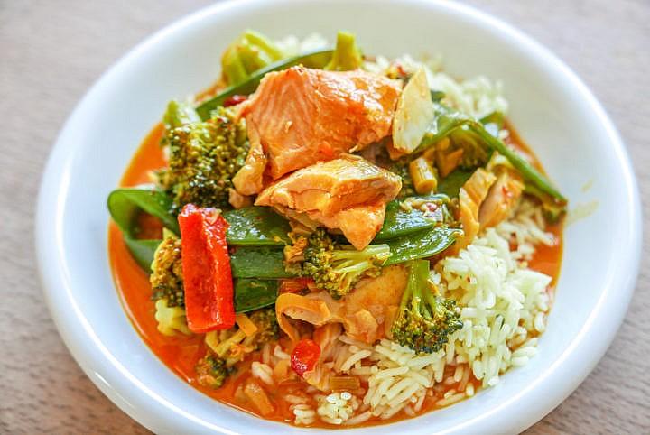 Mehr Abwechslung im Fisch-Curry gibts mit mehreren Fischsorten.