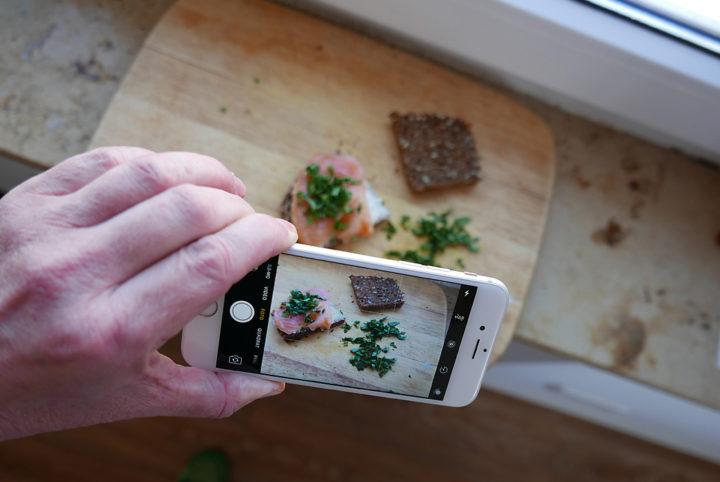 Smartphone-Fotos am Fenster: Das geht immer